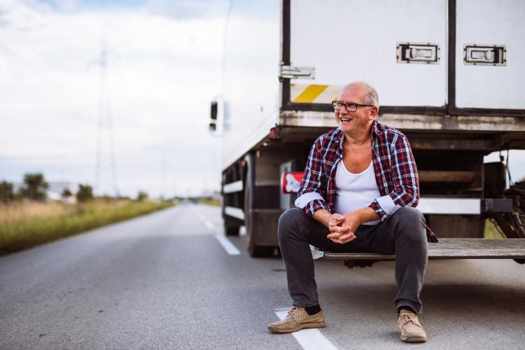 Caminhoneiros podem ter direito à aposentadoria especial com 25 anos de contribuição