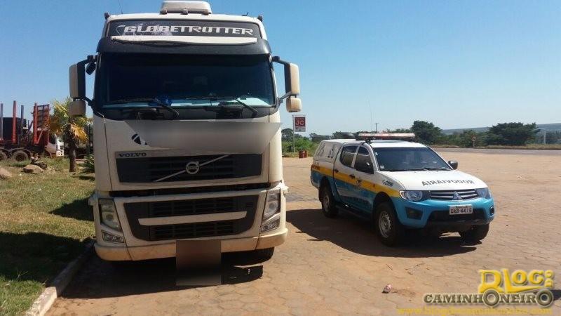 PMR apreende caminhão por adulteração e documentação falsa em MS