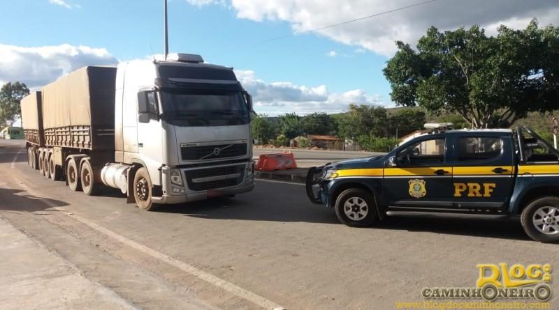 PRF prende condutor com rodotrem adulterado e documentação extraviada no Mato Grosso