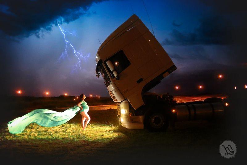 Foto de gestante com caminhão viraliza nas redes sociais
