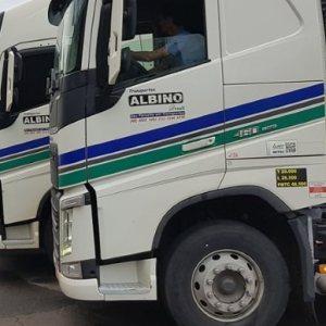Transportes Albino abre vagas para motoristas carreteiros em Joaçaba-SC