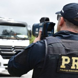 Caminhões têm restrição de tráfego no feriado da Proclamação da República