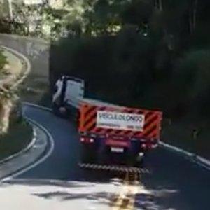 FG Express publica nota sobre vídeo com caminhão da empresa em trecho de serra
