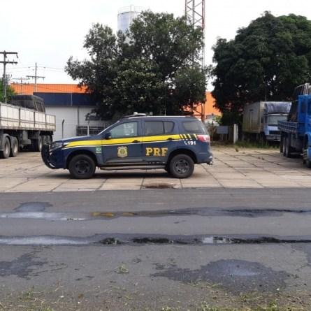 PRF retira de circulação mais de 30 toneladas de excesso de peso em Teixeira de Freitas-BA