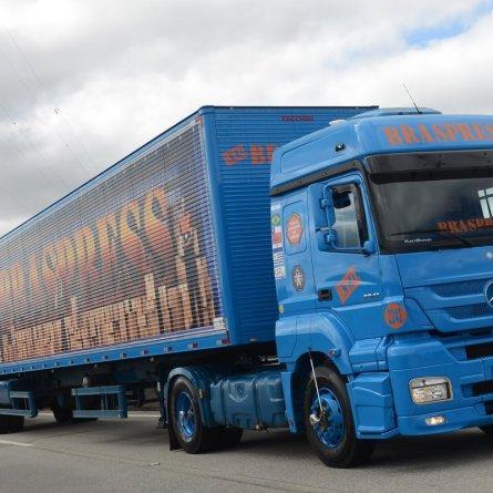 Braspress amplia frota com 235 caminhões extrapesados Mercedes-Benz Axor