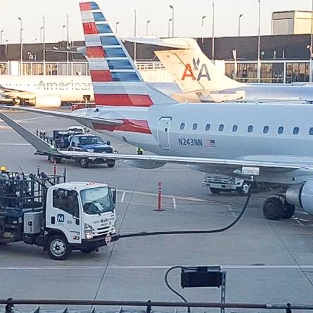 Falta de caminhoneiros impacta até empresas aéreas nos Estados Unidos