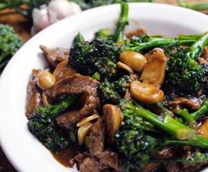 Carne com brócolis a moda chinesa