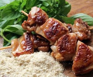 Espetinho de sobrecoxa de frango