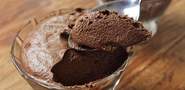 Sorvete mousse de chocolate