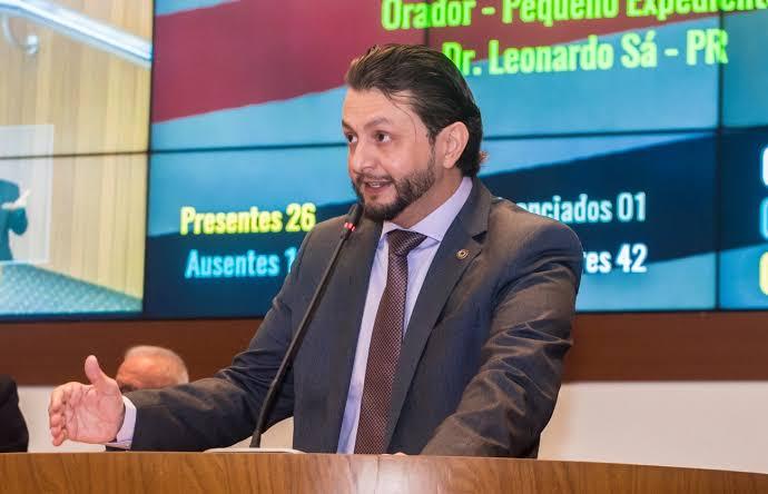 Deputado estadual Leonardo Sá solicita a construção de um aterro sanitário em Pinheiro