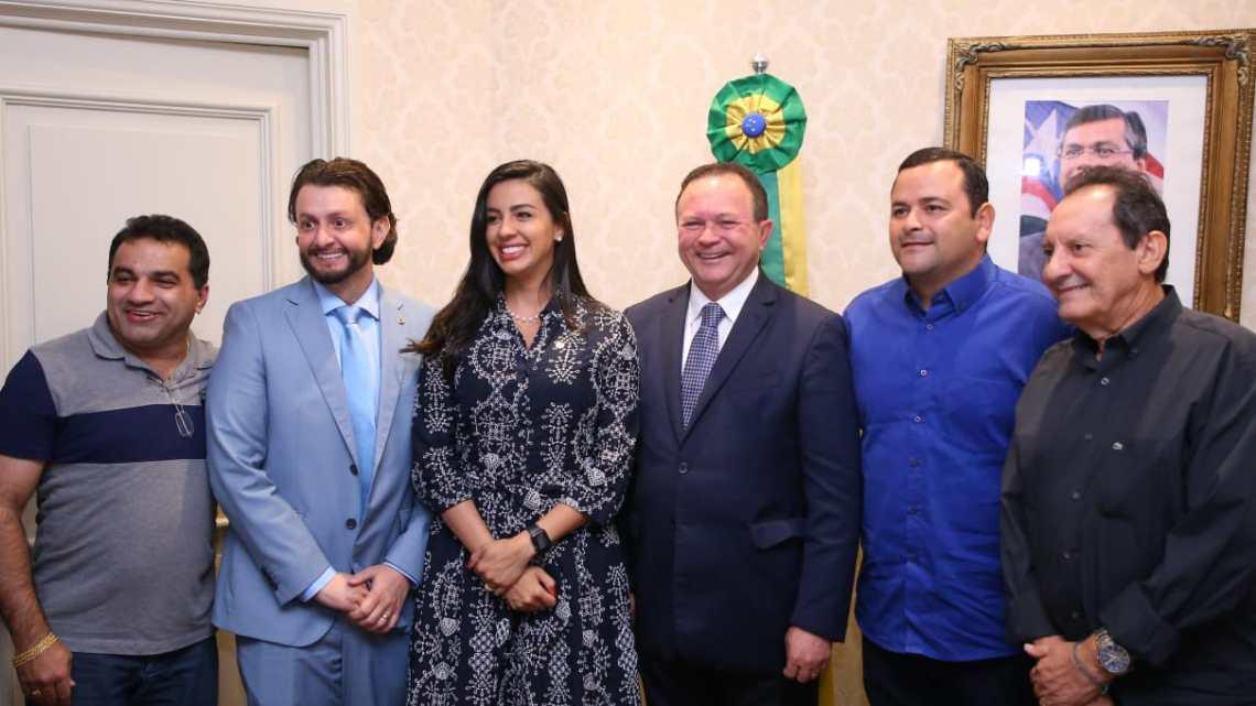 Leonardo Sá participa da solenidade de sanção de leis estaduais na capital maranhense