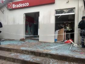Bandidos tocam o terror em Nova Olinda do Maranhão e explodem agência do Bradesco da cidade