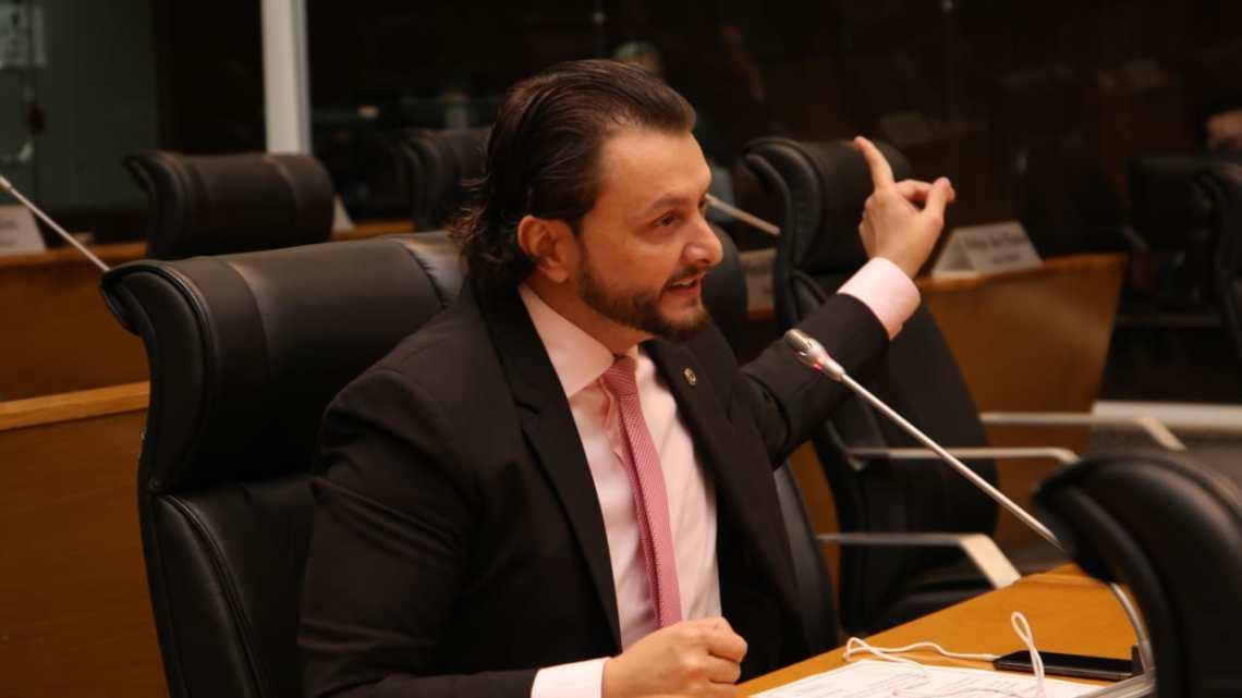 Dr. Leonardo Sá destaca o excelente desempenho de Carlos Lula na gestão da saúde pública no Maranhão