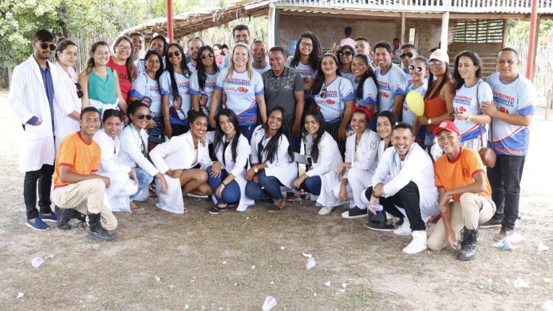 Vereadora Mulher Maravilha promove ação social no povoado Tapera de Baixo e comunidades circunvizinhas na zona rural de Cururupu-MA