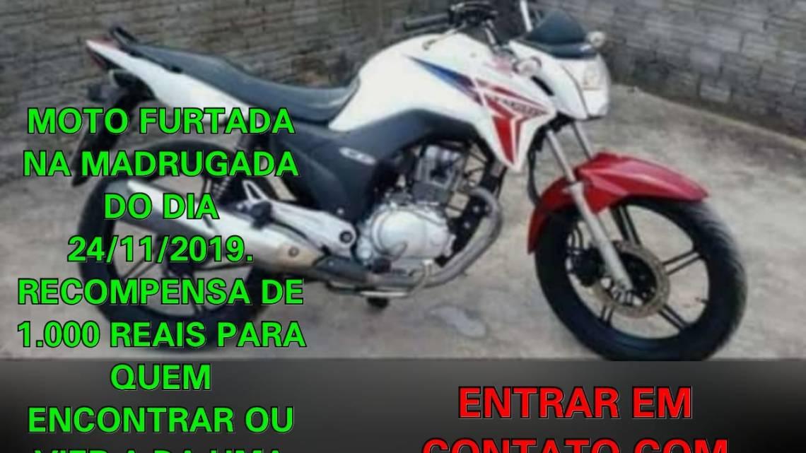 Proprietário oferece recompensa de um mil reais, para quem der informações de sua motocicleta roubada na madrugada deste domingo (25) em Pinheiro