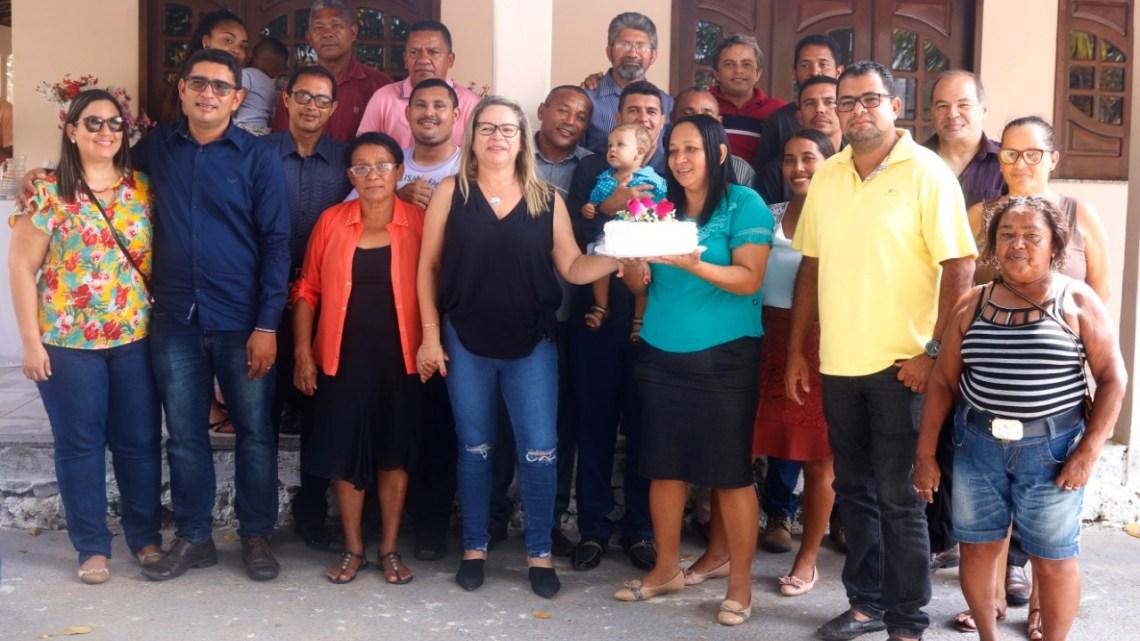 Cururupu – Amigos, dirigentes de igrejas e pastores do seguimento evangélico celebram aniversário da vereadora Mulher Maravilha e comemoram Lei que institui o dia Municipal do evangélico