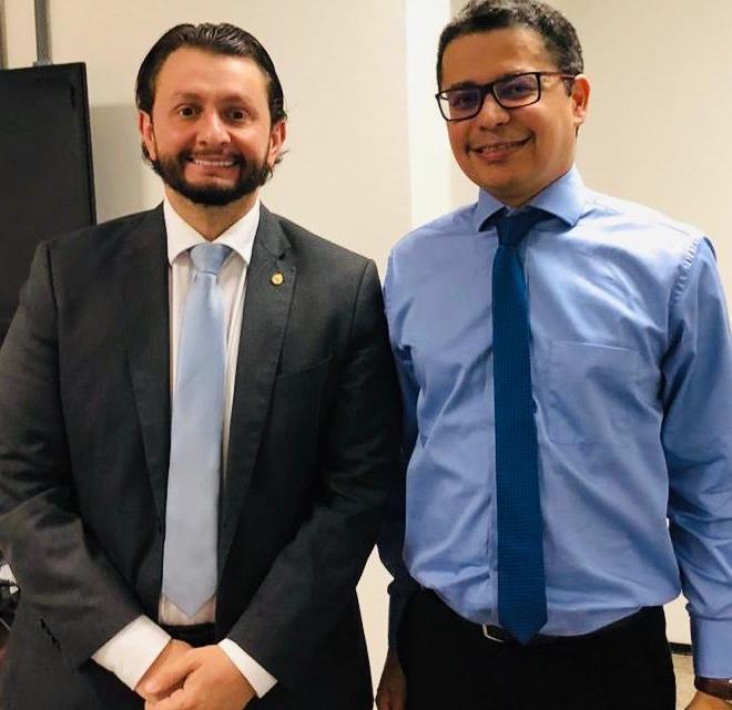 Leonardo Sá reúne-se com o secretário Carlos Lula em prol de melhorias na saúde pública do MA