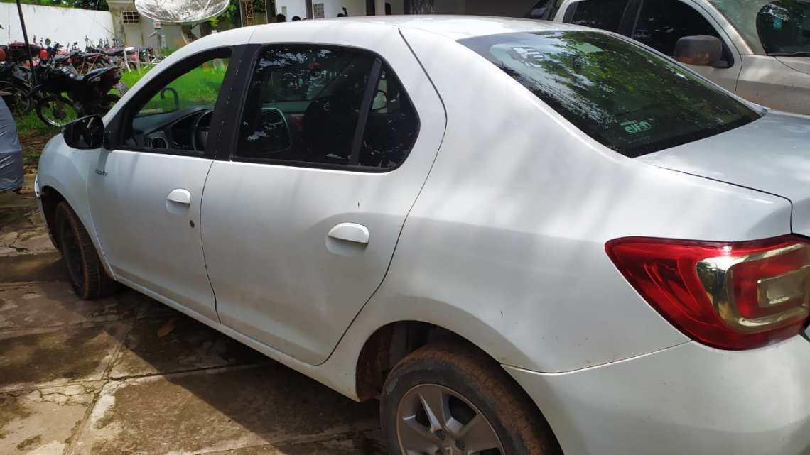 Polícia militar prende dupla que tentava vender carro roubado em Vitória do Mearim-MA