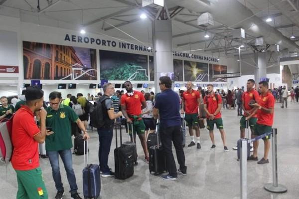 Sampaio tem atrasos de voos, dorme em São Paulo e cancela treino em Rio Brilhante-MS