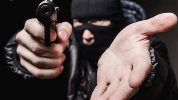 Caminhão da Coca-Cola é assaltado na zona rural de Turilândia, bandidos levaram mais de 6 mil reais