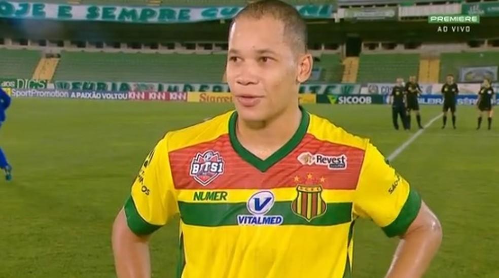 Caio Dantas comemora empate do Sampaio fora de casa contra o Guarani