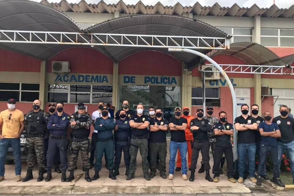 Polícia civil do Maranhão realiza curso de condutores de cães de detecção de substâncias
