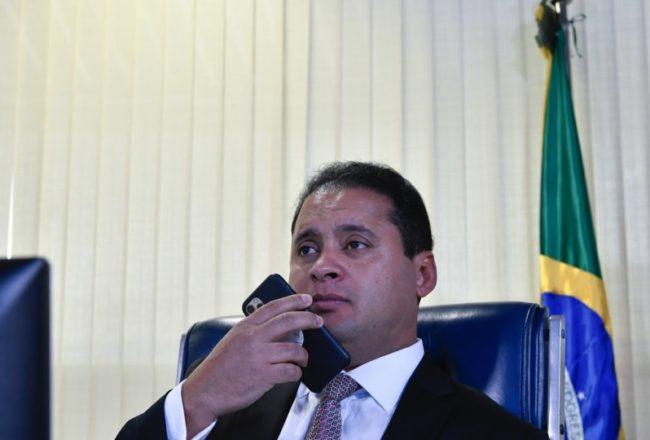 Weverton Rocha termina semana em baixo astral e com sensação de que pré-candidatura perdeu o fôlego