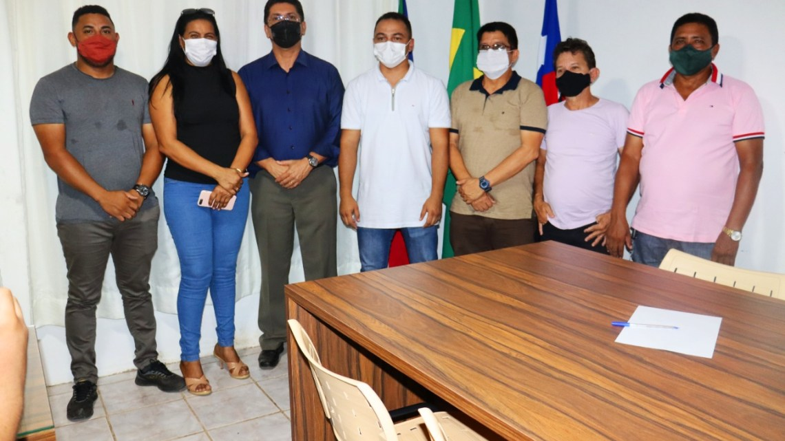Presidente da Câmara prof. Zeca, acompanha visita do secretário de segurança do Estado Jeferson Portella, ao Município de São Vicente Ferrer