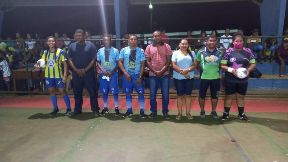 Prefeitura de Central do Maranhão, inicia campeonato de Futsal Feminino e Futebol Masculino envolvendo times da sede e zona rural do Município