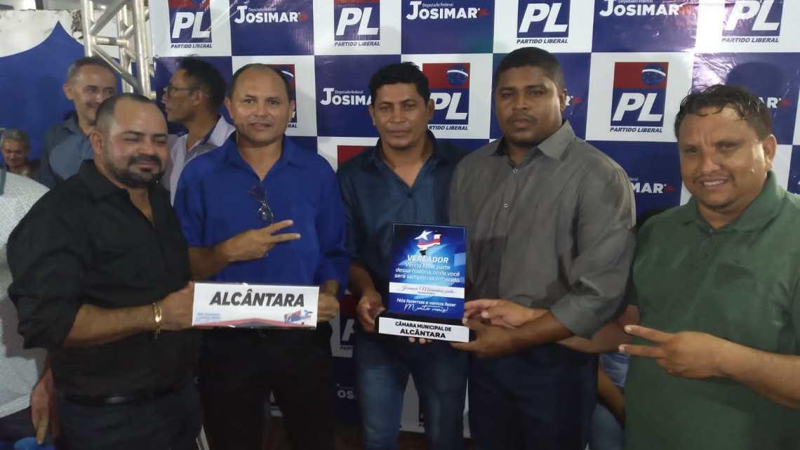 Vereadores de Alcântara participam do grande encontro do PL em Bacabal