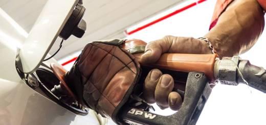 6411975984 Governo reduz PIS Cofins sobre o etanol e tarifa diminui oito centavos por  litro