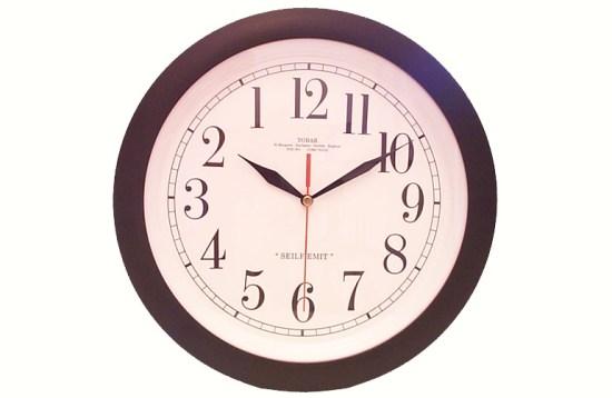 Relógio para canhotos