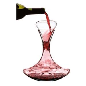Decantar ou não decantar um vinho?