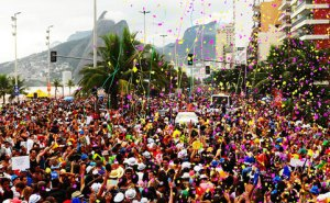 Ladrões se aproveitam para roubar documentos no Carnaval
