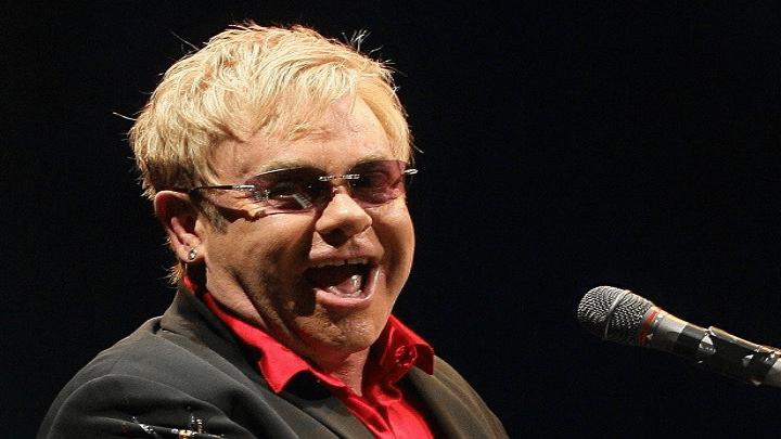 Brasil é o 5° país que mais ouve Elton John