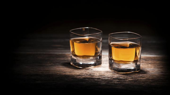 O que é e como comemorar o Dia Mundial do Whisky