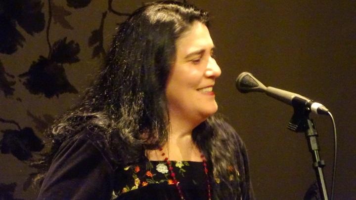 Mônica Salmaso arrasa até mesmo rouca — Theatro Net Rio 4/6/2019