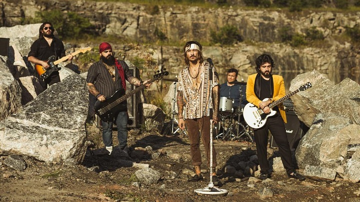Veja o novo clipe da banda Folks