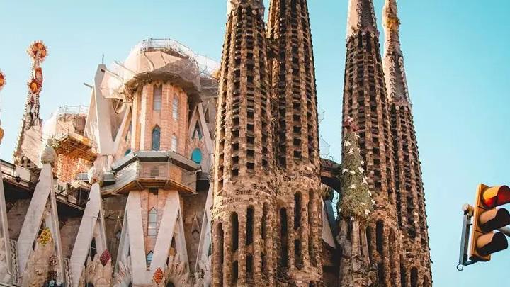 Apesar dos protestos, Barcelona ainda atrai muitos visitantes