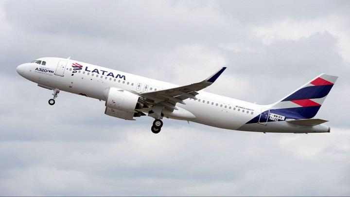 Latam anuncia saída da OneWorld e parceria com a Delta