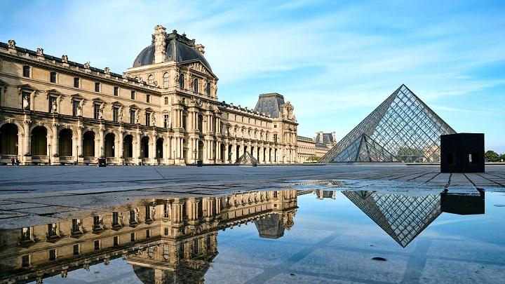 Museu do Louvre e Torre Eiffel anunciam datas de reabertura