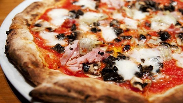 Quem inventou a pizza? Vamos descobrir agora!