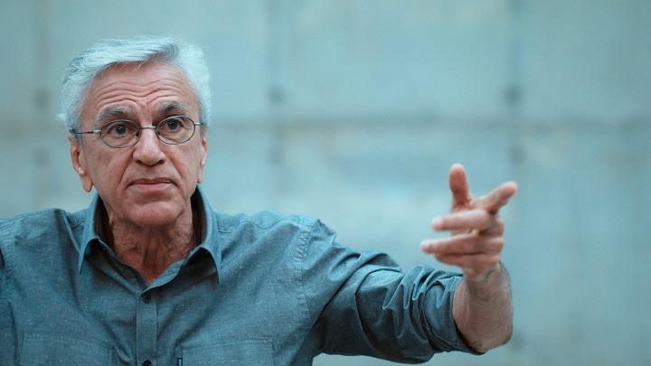 Filme sobre prisão de Caetano é selecionado para o Festival de Veneza