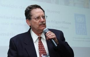 Professor Oswaldo Bueno - Ashrae