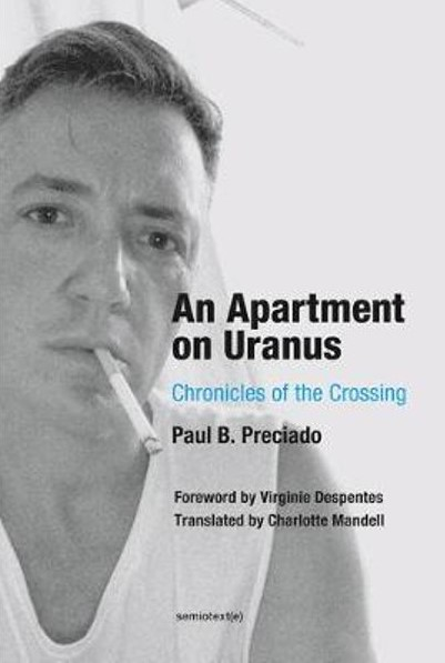 an-apartment-on-uranus-chronicles-of-the-crossing (2)