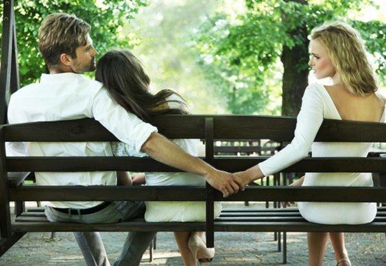 Por que as pessoas traem seus entes queridos? 8 Razões Psicológicas