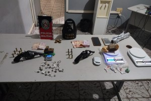 Polícia desarticula grupo criminoso e apreende armas de fogo no Agreste da Paraíba