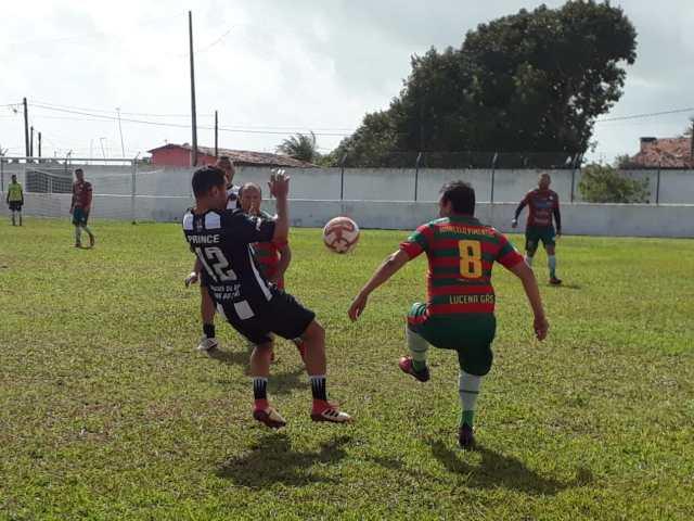 """Desportista diz que time que jogou em Lucena não foi o Máster do Botafogo e sim """"Amigos do Belo anos 80 e 90"""""""