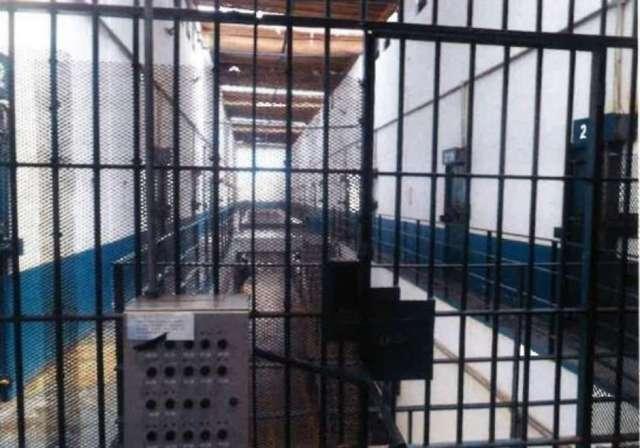 Polícia prende trio suspeito de assaltar viveiros de camarões em São Miguel de Taipu