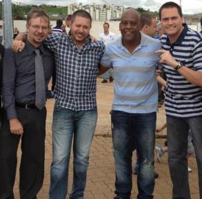 Donato Votta, Doni (Bob Cuspe), André Negão e Edu dos Gaviões (Gaguinho)